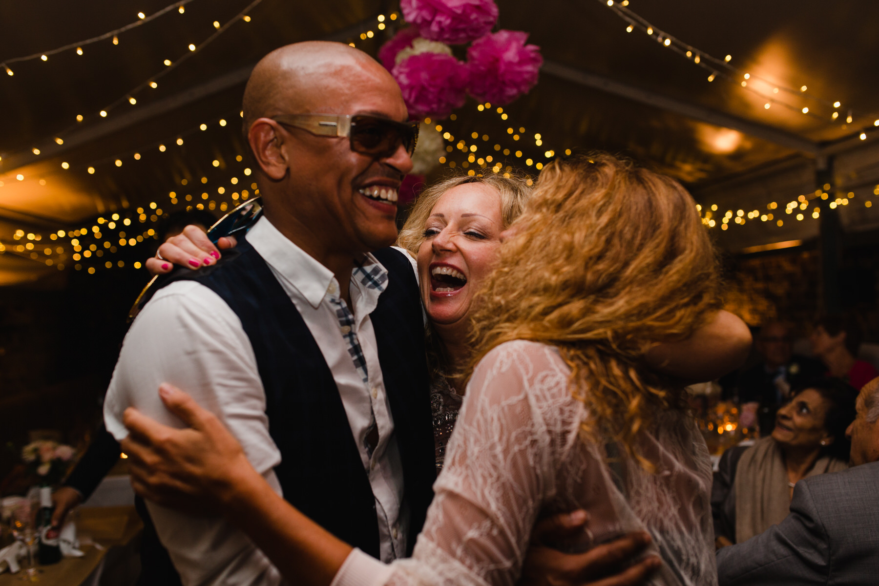 Metro Clapham Garden wedding dancing shots.jpg
