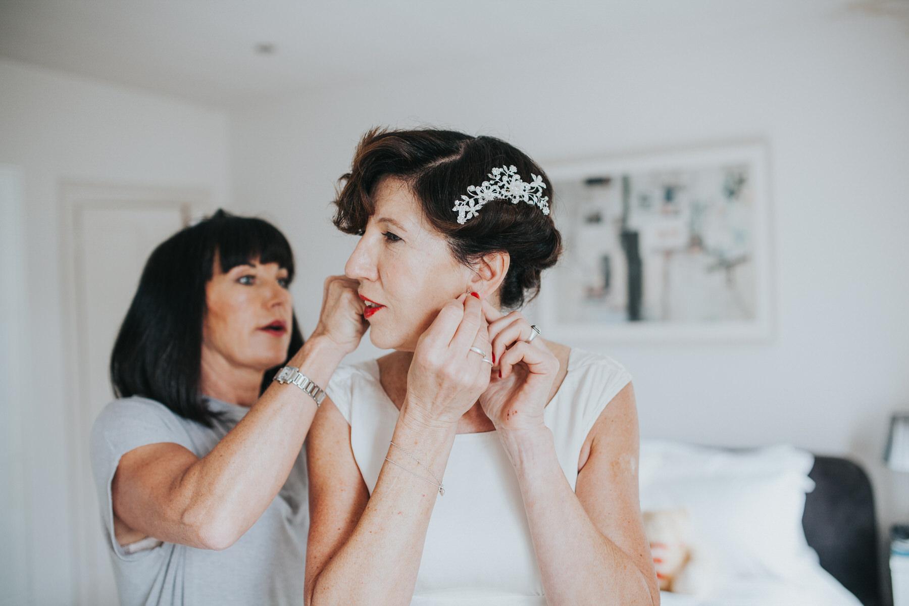 33 bride getting ready sister Yolande De Vries Photograph.jpg