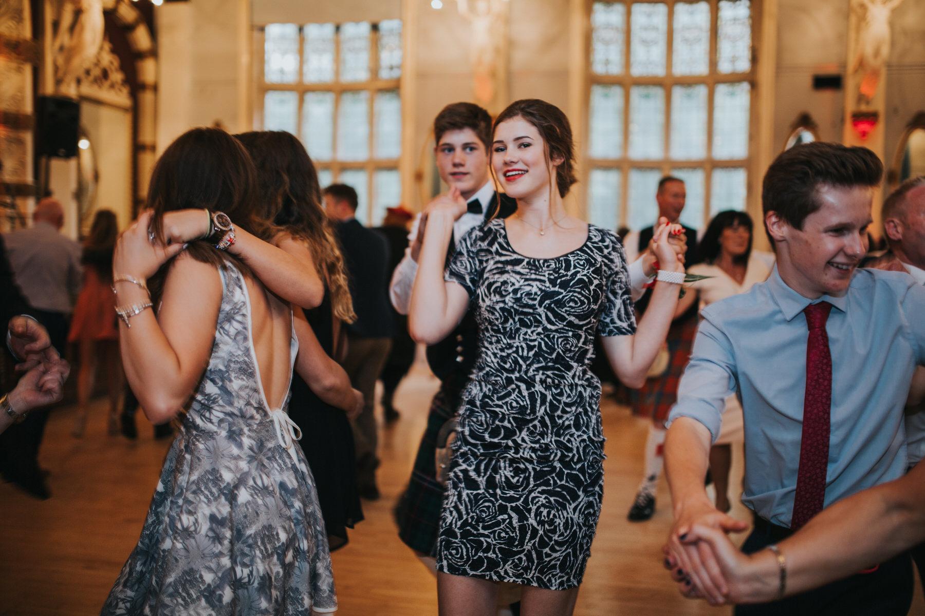 272 ceilidh dancing Islington reportage wedding.jpg