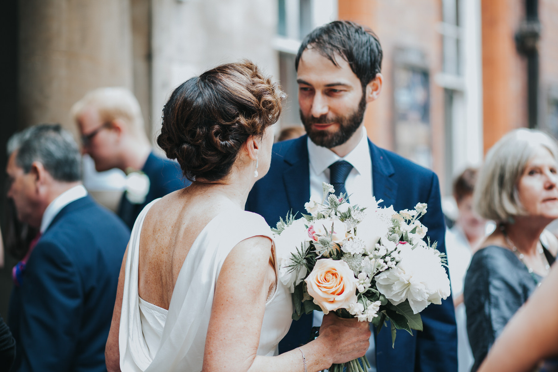 133 Finsbury Town Hall reportage wedding photographer.jpg