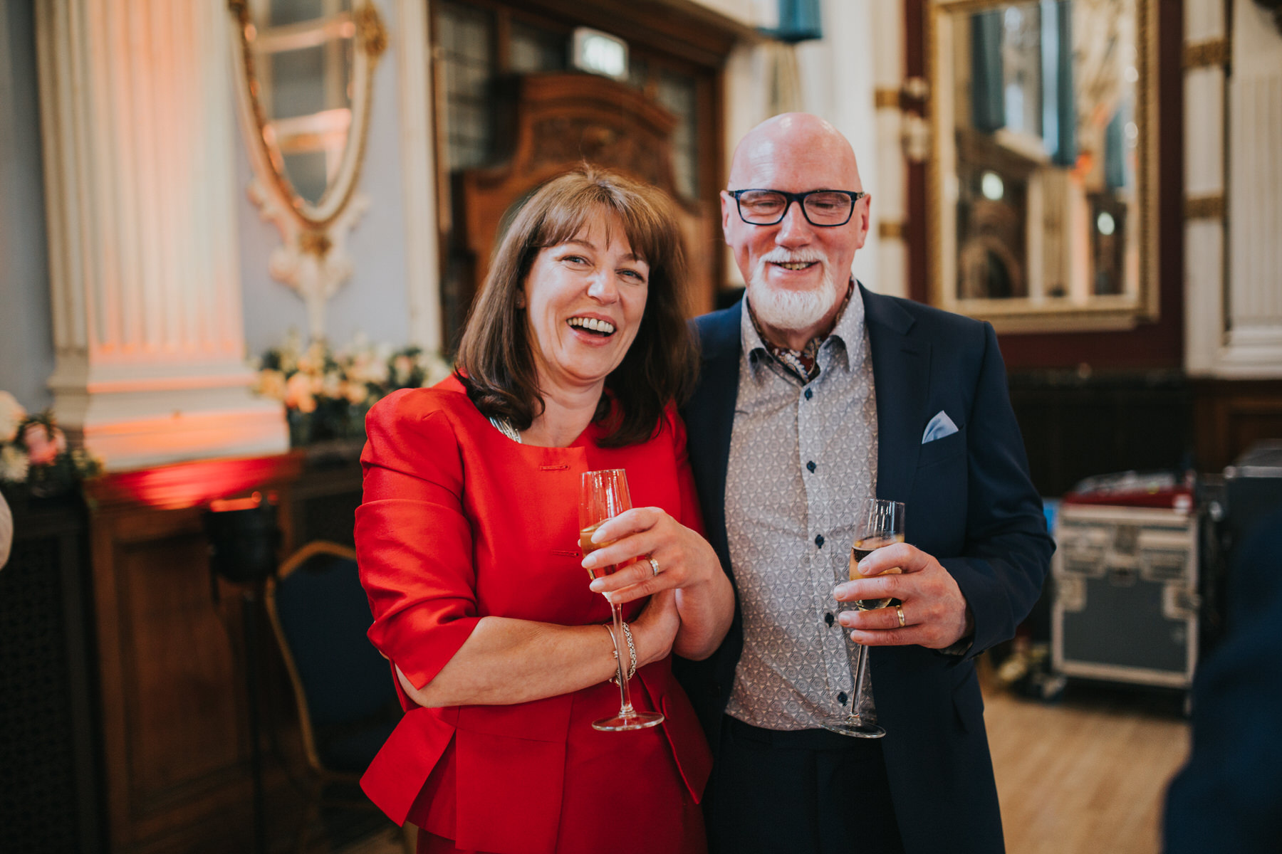 261 Old Finsbury Town Hall wedding guest candid photographer.jpg