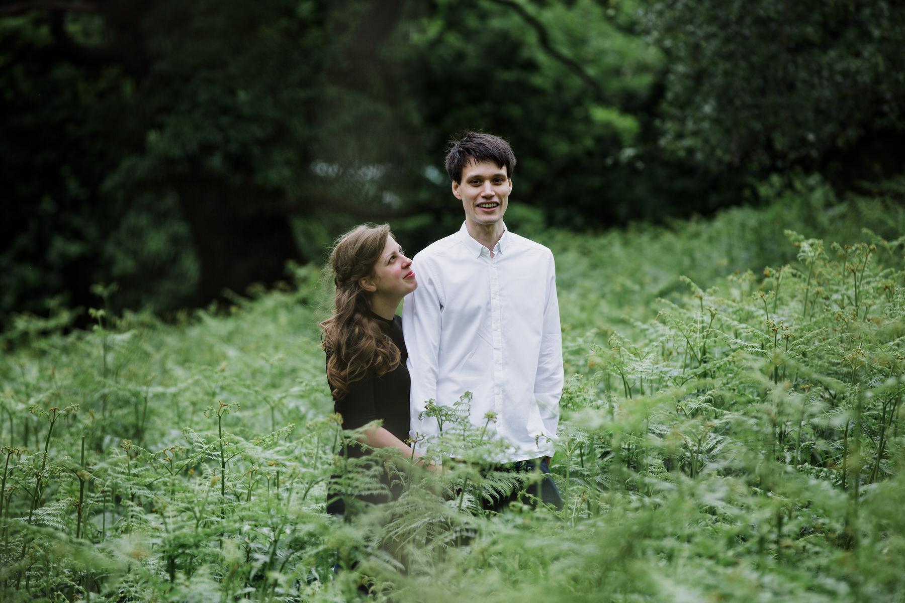 7-London natural couple portrait photographer giant fern_.jpg