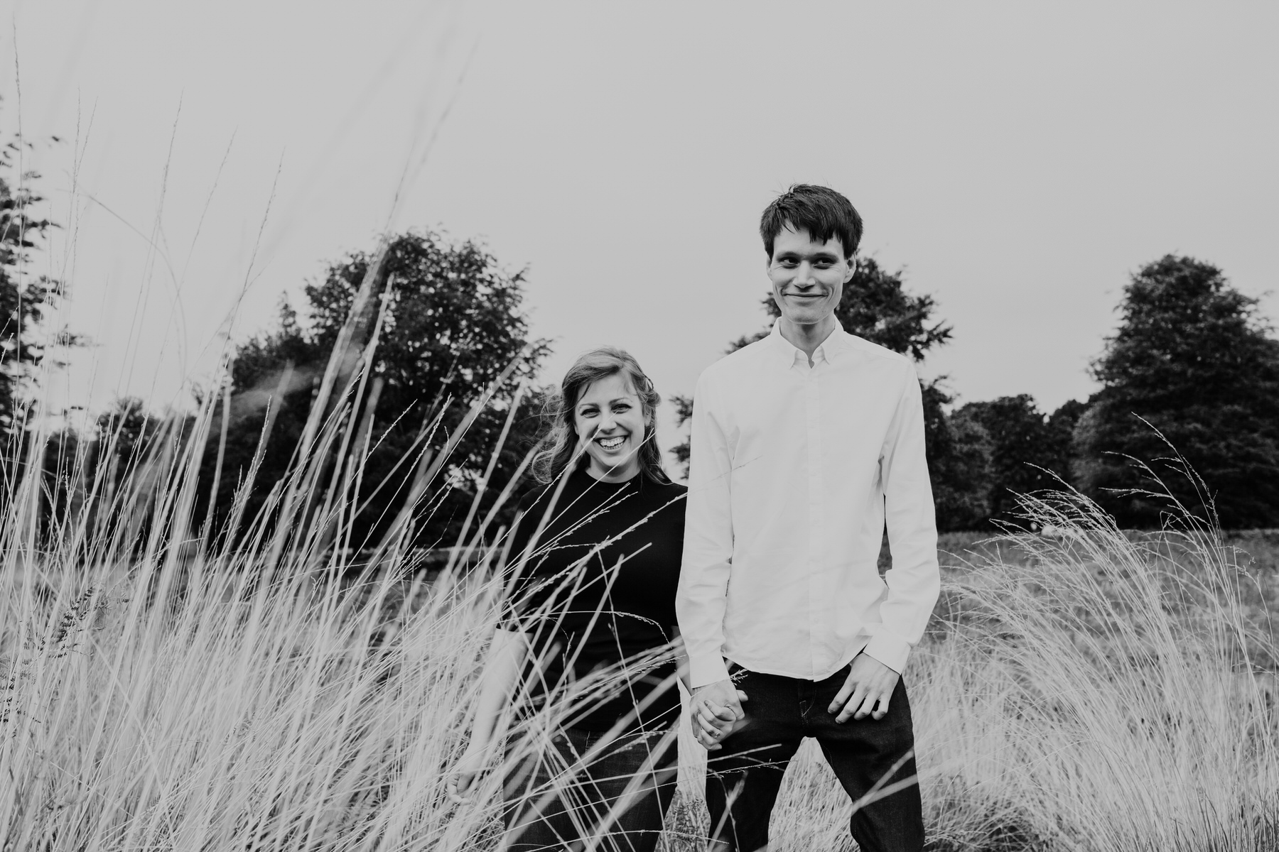 15-Richmond relaxed pre wedding photography tall yellow grasses.jpg