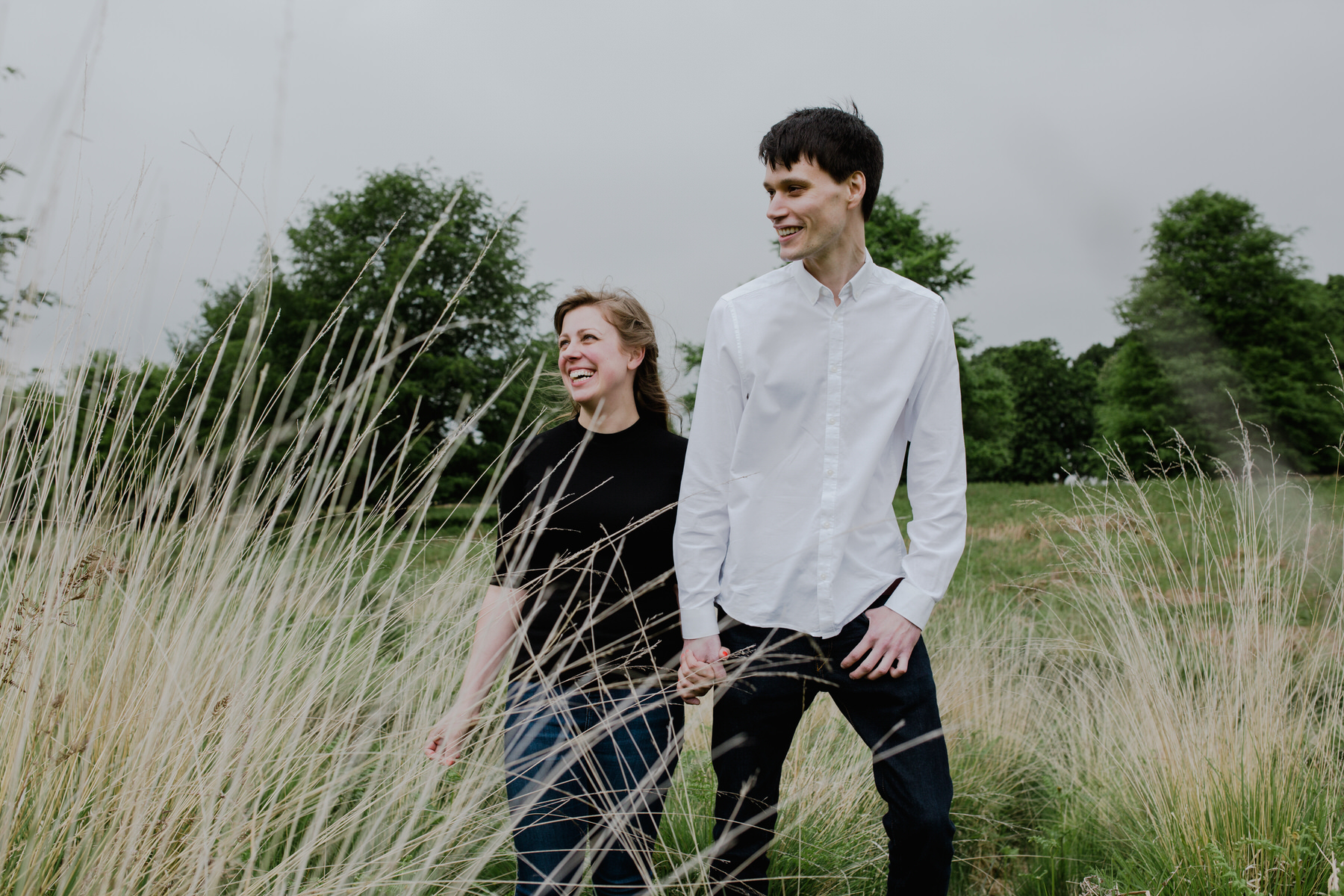 19-Richmond relaxed pre wedding photography tall yellow grasses.jpg