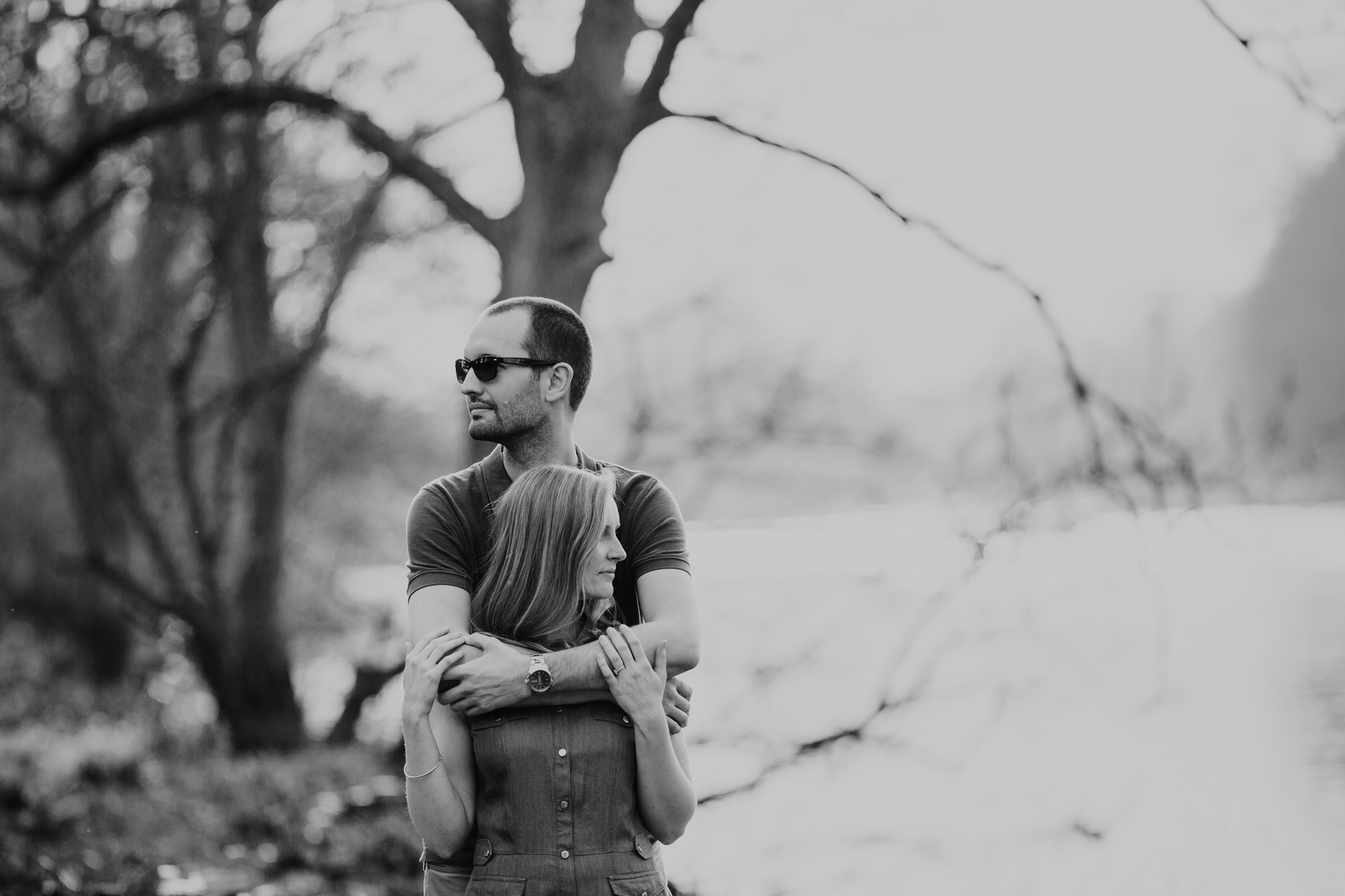 48-BW Richmond riverside couple shoot.jpg