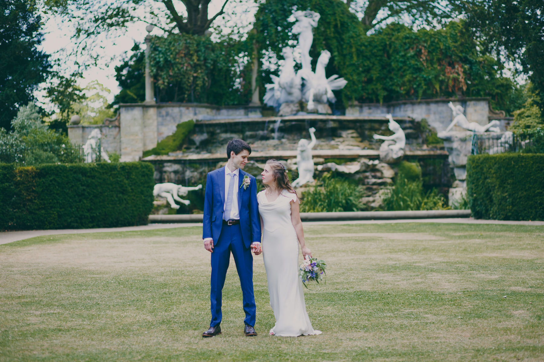 31 wedding couple portraits York House Kingston.jpg