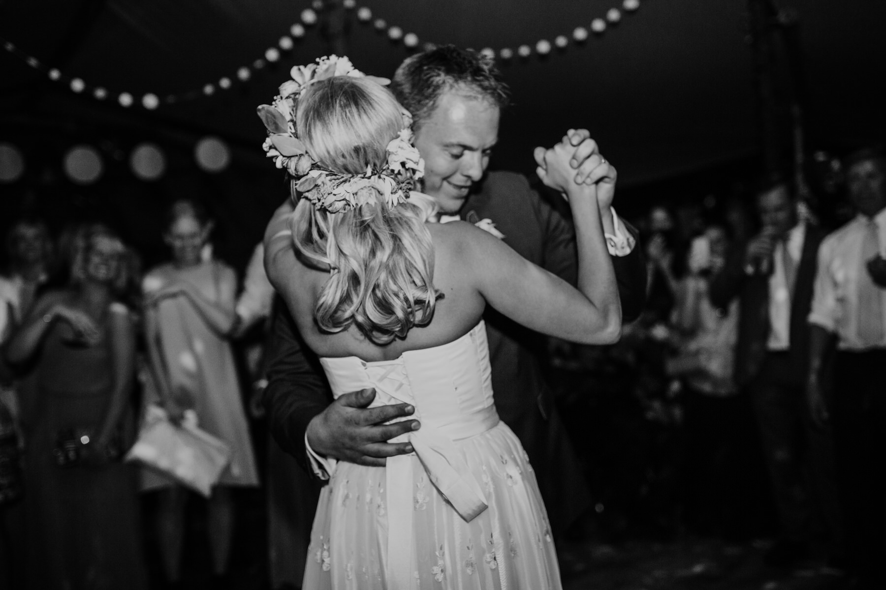 350 bride groom first dance tipi wedding London based documentary photographer.jpg