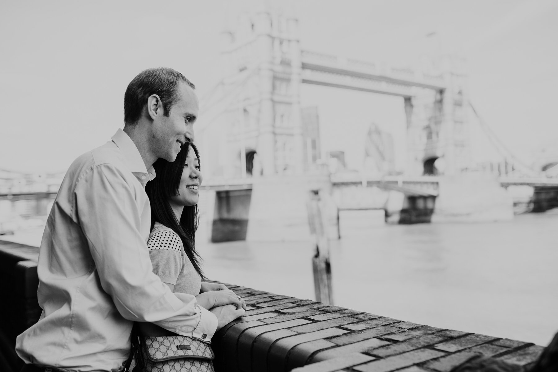 26 Chris Mariko look over Thames BW London engagement shoot.jpg