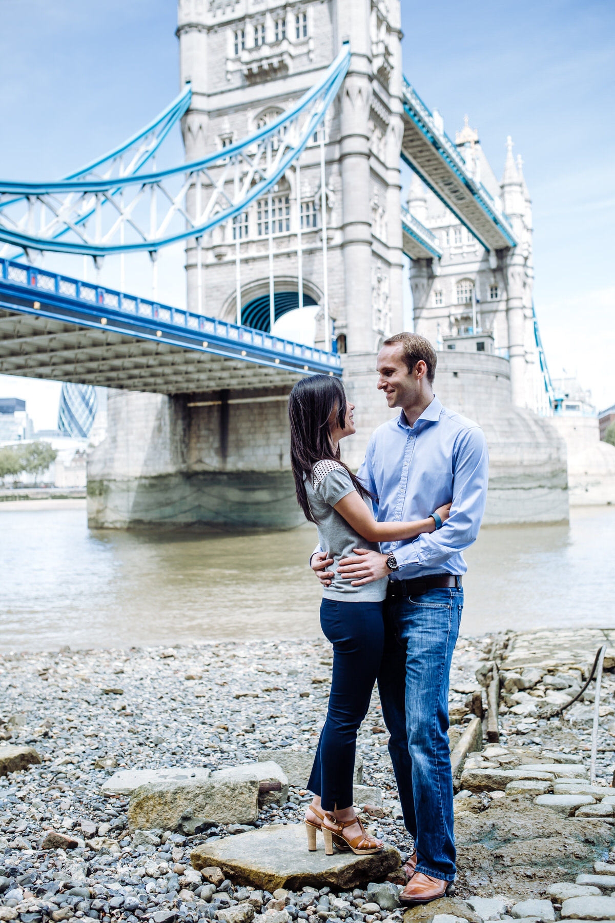 5-Thames london prewedding engagement shoot.jpg