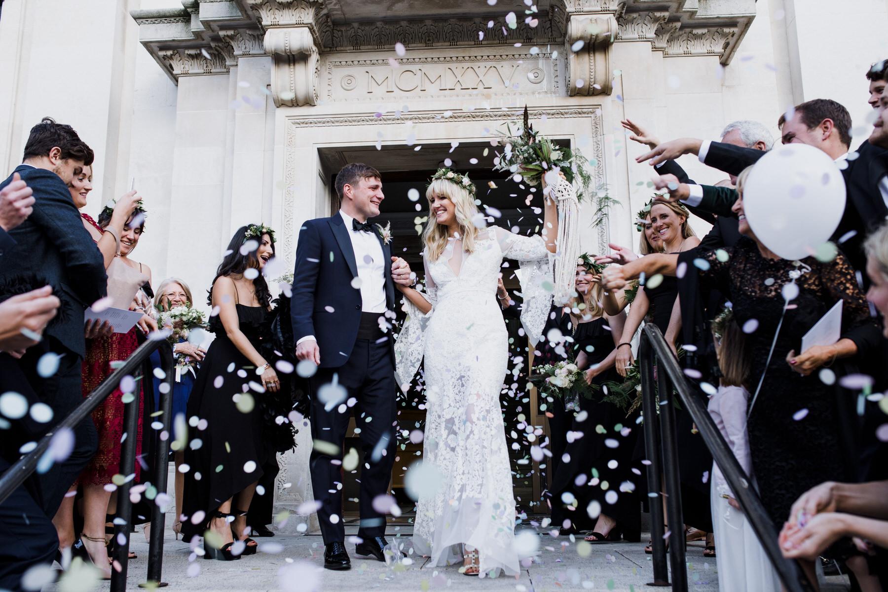 Islington Town Hall bride groom confetti wedding photographer.jpg