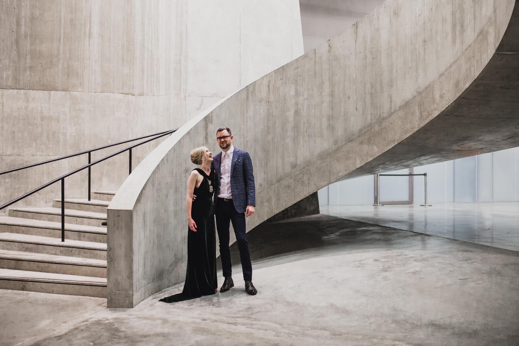 just married couple Tate Modern wedding portrait photographer.jpg