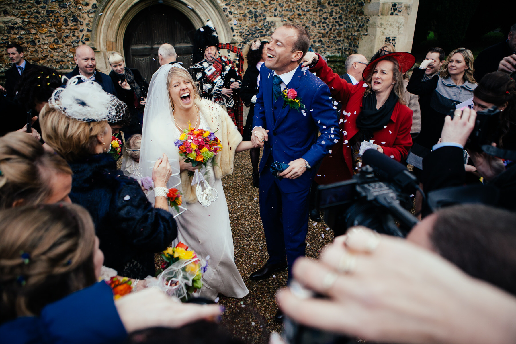 Knebworth newly married confetti reportage photographer.jpg