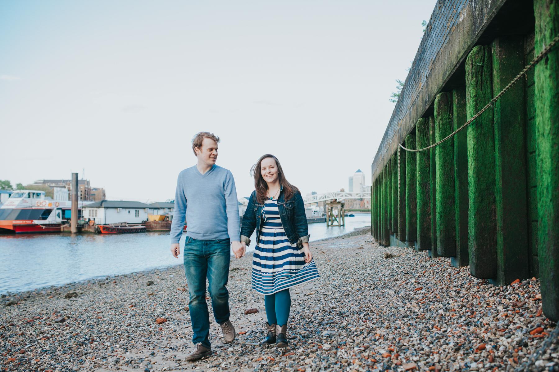 Quirky pre-wedding London rotherhithe beach.jpg