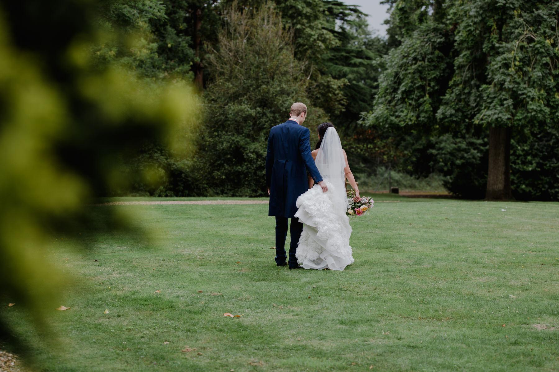 322  bride groom wedding portraits Woodlands Hotel grounds.jpg