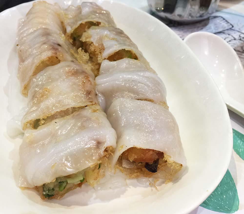 Crispy shrimp rice rolls at  Dim Dum Sum in Wanchai.
