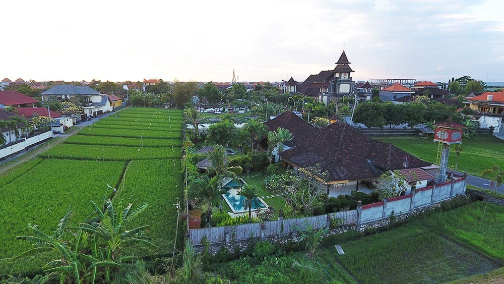 This photo was taken at 5m off the ground on our land,so it shows the view we will get from our second story. I think the view of the traditional Balinese roofs on the right is lovely, and apt for a home in Bali, and the Christian church in the distance is a nod to Bali's overwhelmingly inclusive approach to life.