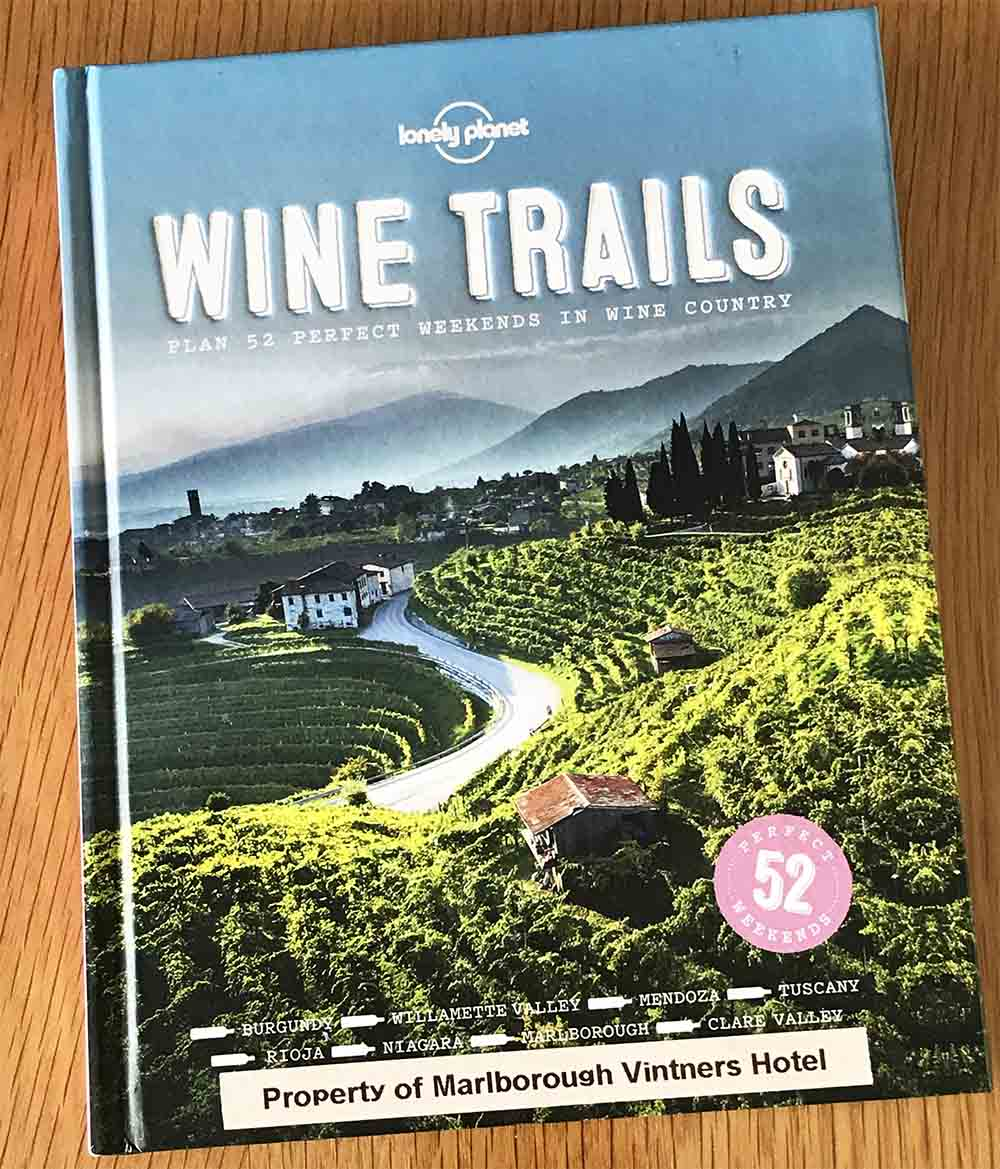 I'd highly recommend  this book  for anyone who enjoys wine tourism, and it would make a great gift too.