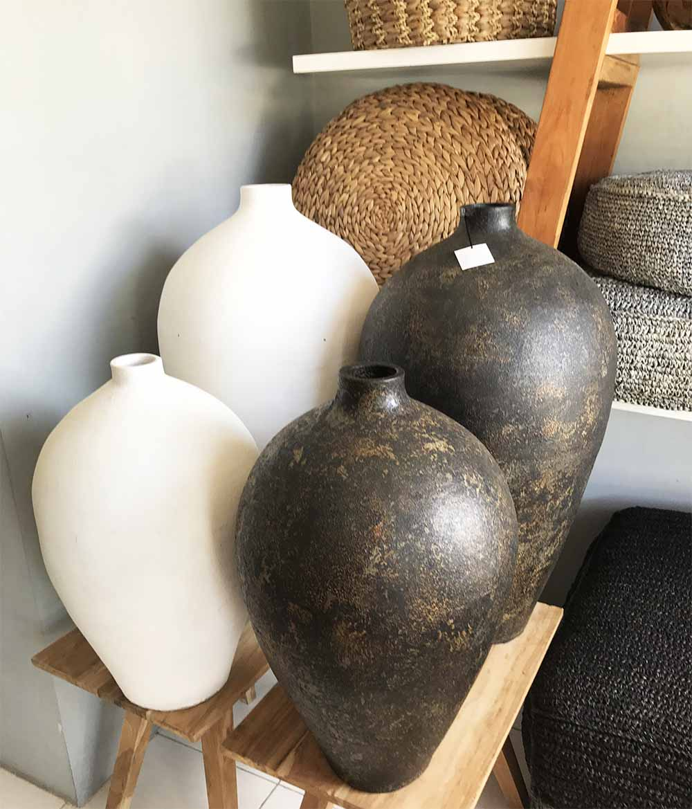 Hand-made decorative pots and beautiful woven placemats and baskets.