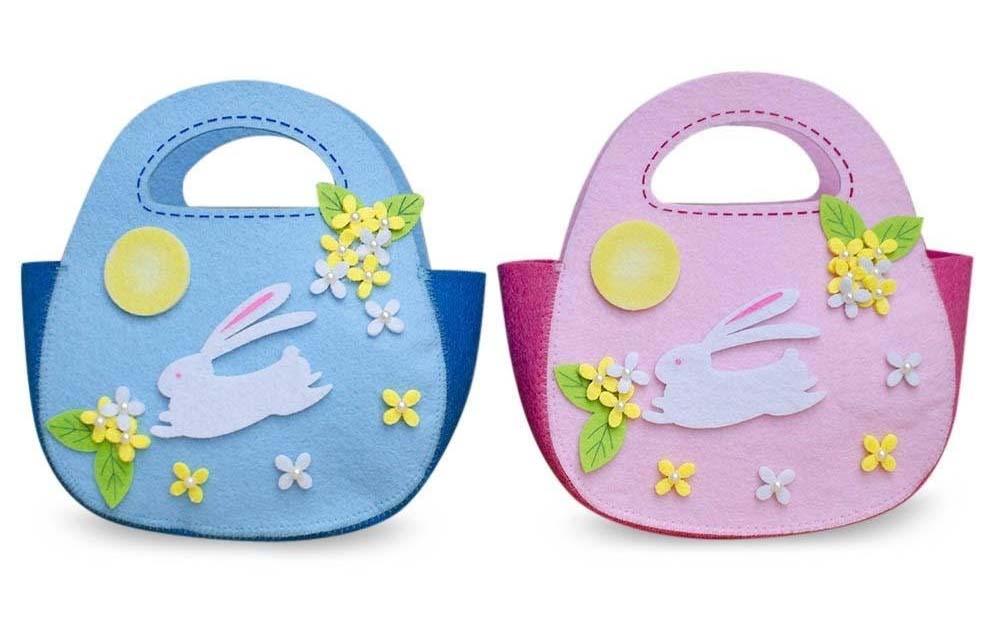 Adorable felt  Easter baskets .