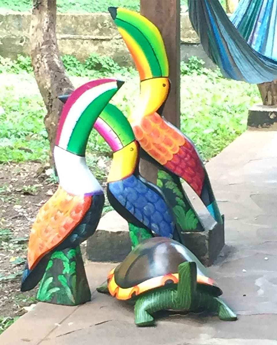 Wooden toucans