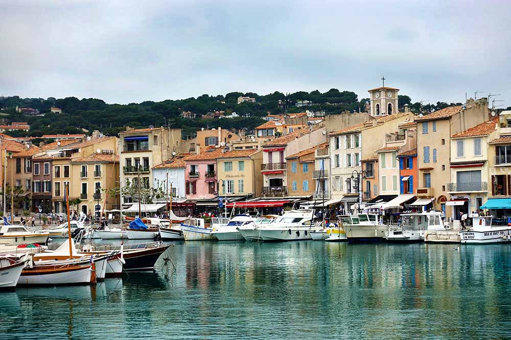 Beautiful Cassis.