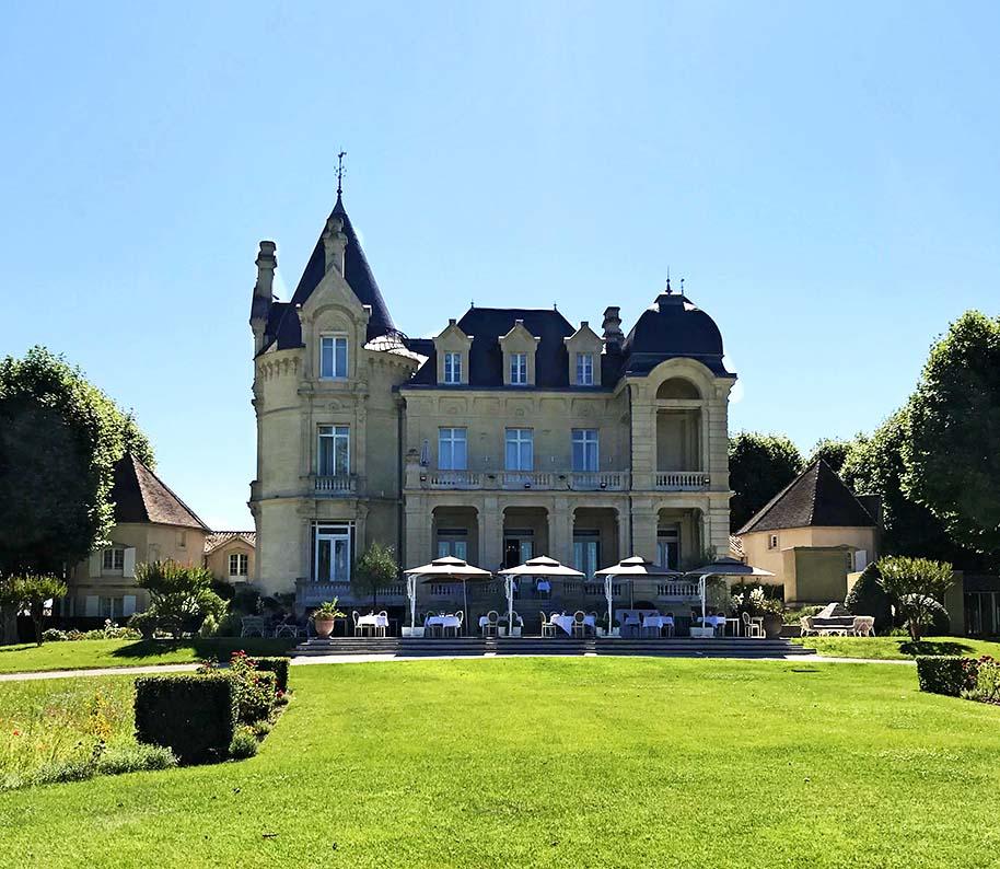 Château Hôtel Grand Barrail, where we stayed in Saint Emilion.