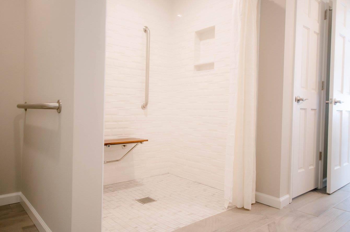 hawk bathroom7.jpg
