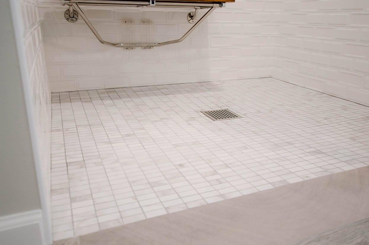hawk bathroom5.jpg