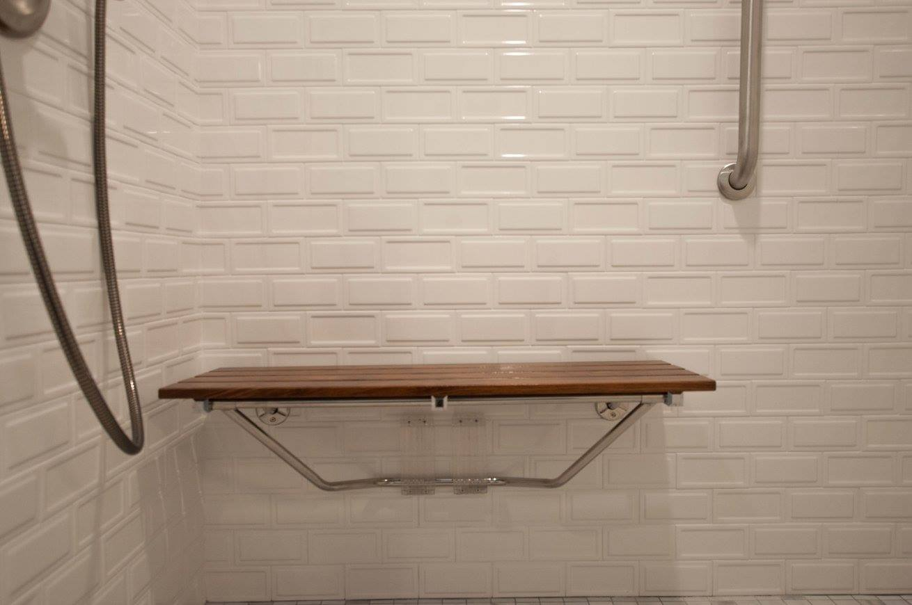 hawkbathroom4.jpg