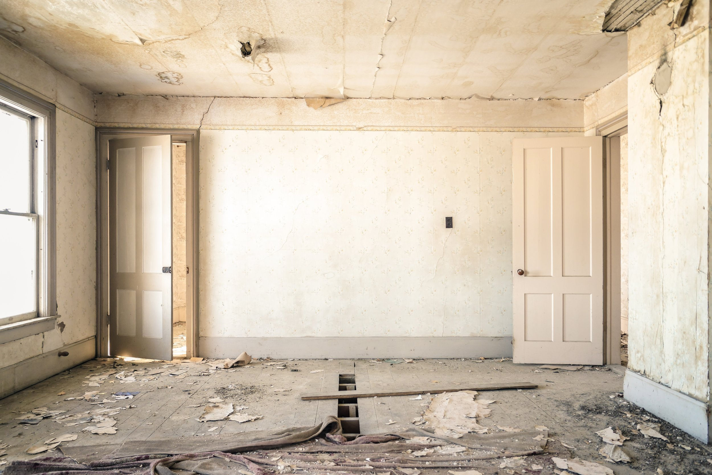 Here is our top list of things you can do to make sure your remodeling project is successful and actually an enjoyable experience.
