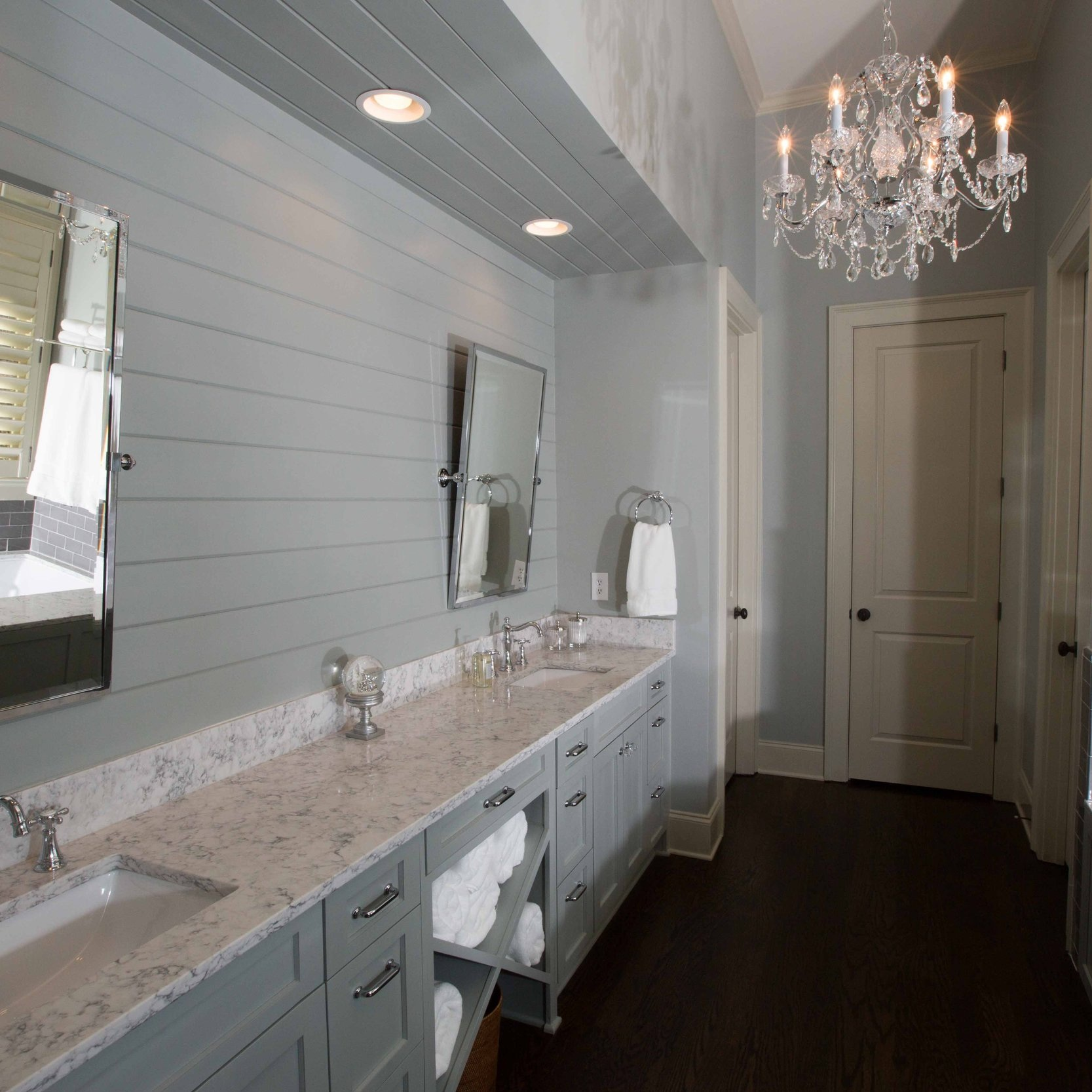 Bathroom+a.jpg