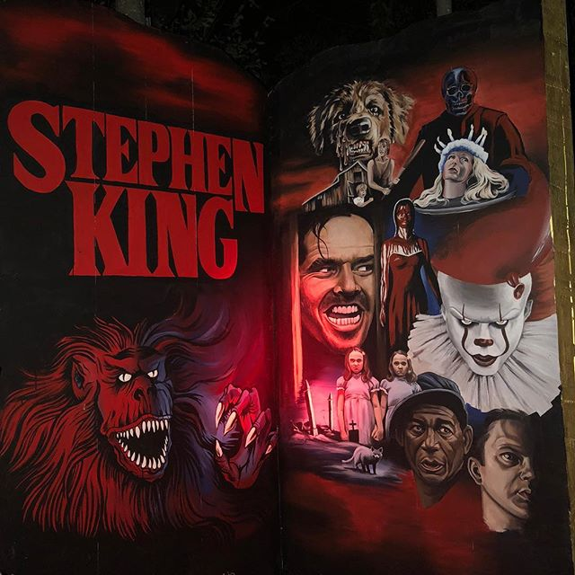 The Stephen King display I painted over the summer for the Jack-O-Lantern Spectacular 🎃 . . . . . . . #jackolantern #jackolanternspectacular #jackolanternspectacular2018 #rogerwilliamszoo #pumpkin #jackolanterns #painting #setdesign #it #shining #theshining #creepshow #petsematary #carrie #cujo #shawshankredemption #stephenking