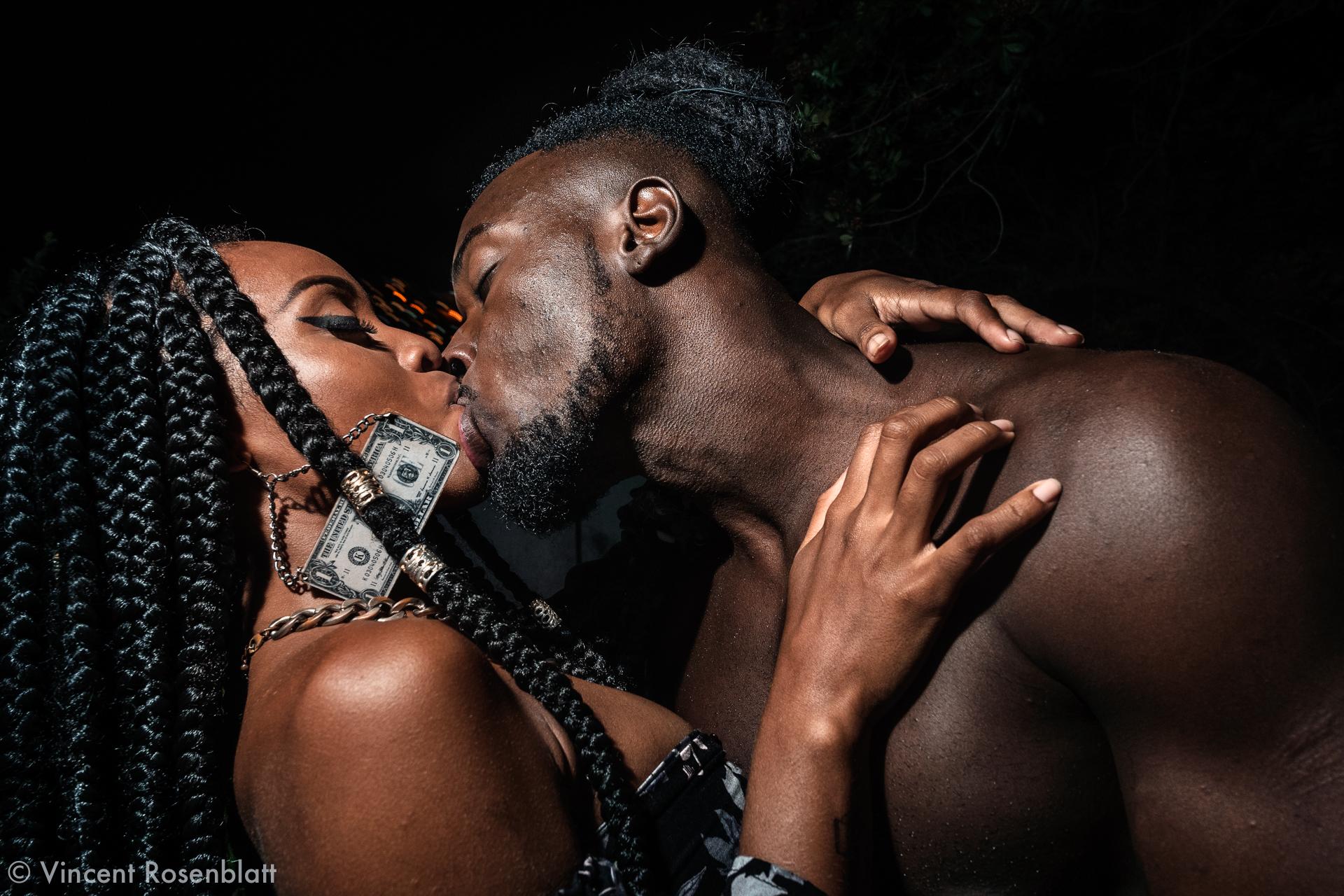 Jessica - hair stylist & Robson - actor & fitness model - kiss at the Samba com o Trem party - Santa Teresa - Rio de Janeiro 2018.