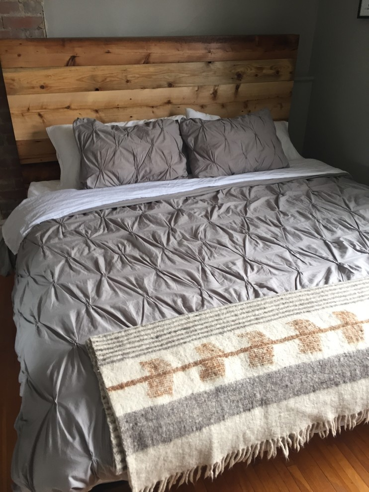 Barboard Bed