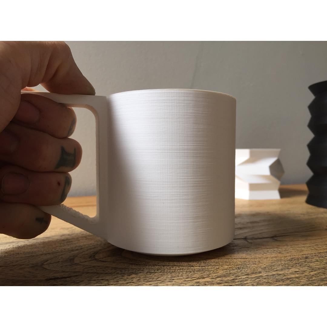 A shot of the grip.                                               #prototype #mug #coffee #coffeemug #wip #design #moderndesign #torontomade #3dprinting #3dprinted