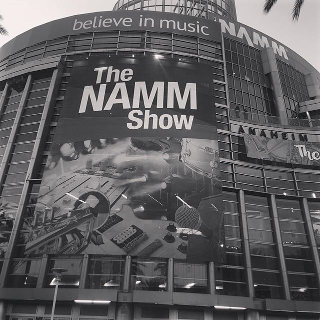 Thank you @thenammshow for having me! I had a BLAST. To be surrounded by other music lovers and creatives like me for a whole week has been really inspiring to say the least. In the span of 4 days, I ran into some old friends and even met some people that I've idolized for years. Till next year 🤟🏽#NammShow • • • • • #singersongwriter #musiciansoflosangeles  #AsianAmericanSingers #livestreamer  #independentartists #losangelesmusic #asianpersuasion #sparksjoy #mondaymotivation #singingguitarist