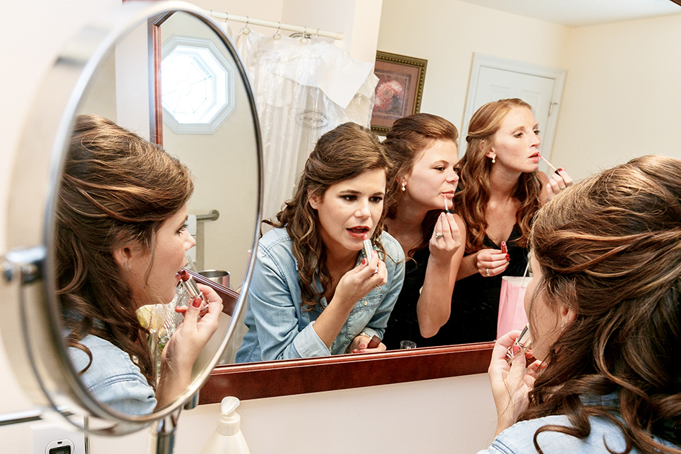 Arika and her bridesmaids get ready for the big day! Lipstick, hair, nails and makeup were on the agenda for the morning.