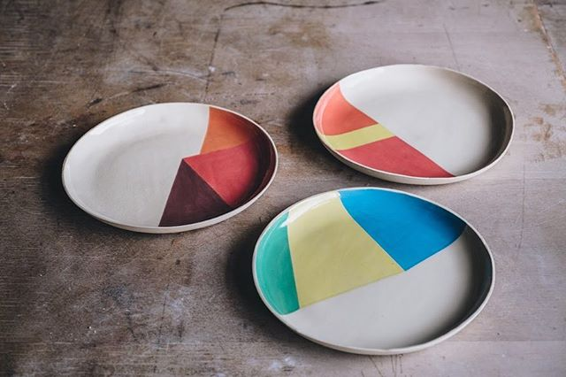 Set of plates by @cp_ceramics, hand formed using a mould, brushed with underglazes. Photo @arturrummel . #ceramicplates #ceramics #instaceramics #underglazes