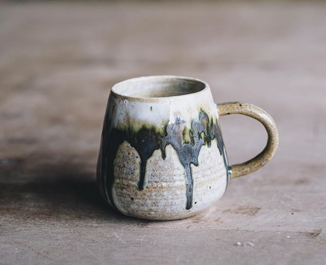Forest cup by @noriko_nagaoko  Photo @arturrummel  #forestcup #instaceramics #ceramiccup #turningearth #stoneware