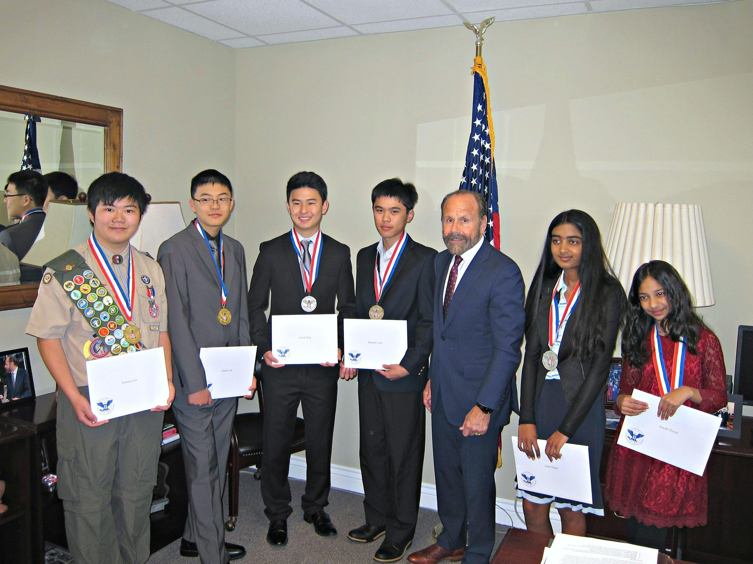 Terence Lee, Daniel Lim, David Ding, Randall Lowe, Senator Jerry Hill, Aditi Talati, Arushi Goyal (left to right)