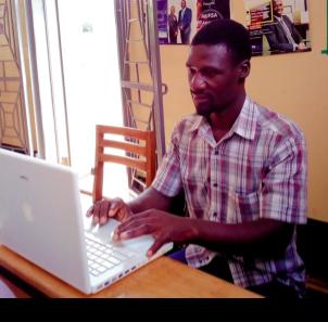 Uganda, Paul Mwanika ribbet.png