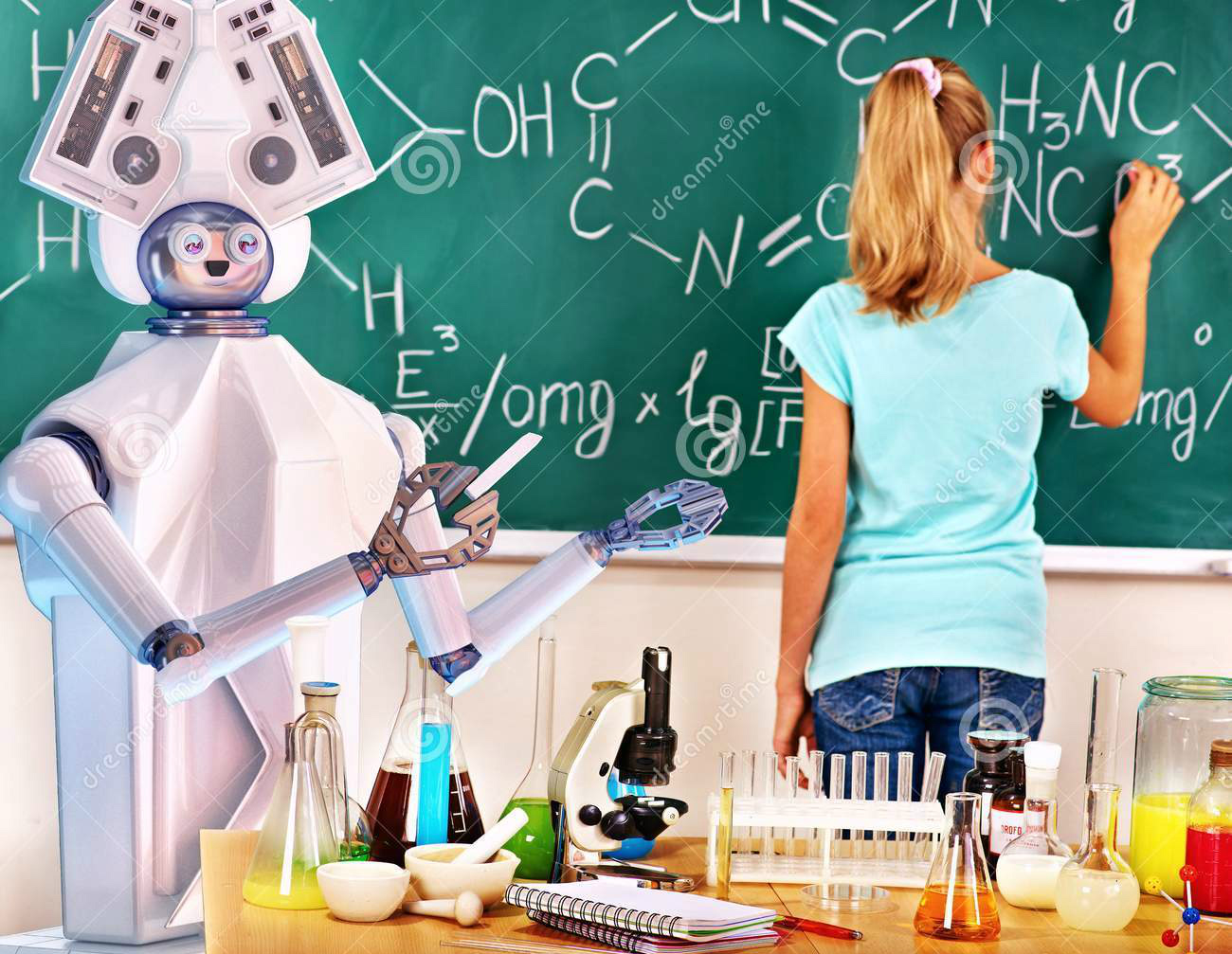 Girl has interactive online learning chemistry and biology course. Image credit: Dreamstime