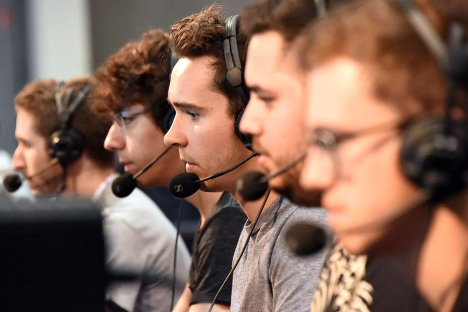 eSports (Photo: Mehdi Fedouach/AFP/Getty Images)