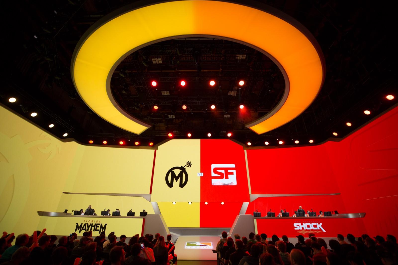 Team branding looks pretty good on the big screen (Photo: Robert Paul)