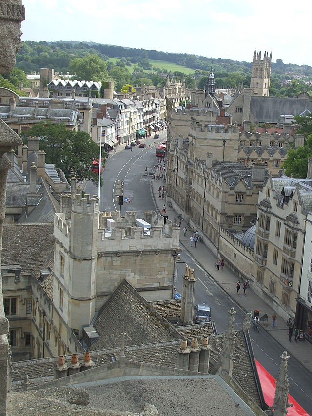 640px-High_Street_from_above_looking_east.jpg