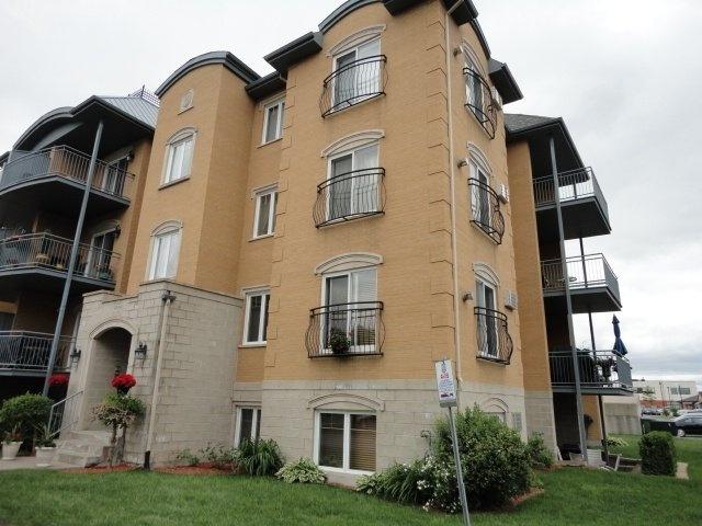 vue-immeuble-4905-Av-Colomb-app-202-Brossard-qc.jpg