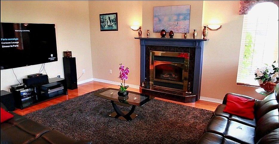 salon-foyer-158-Mtee-Stevenson-Havelock-qc.jpg