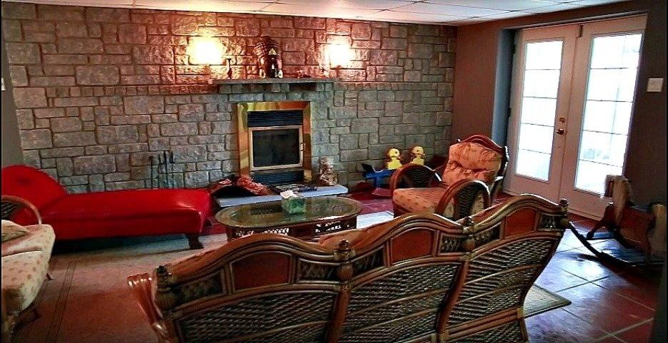 sous-sol-salon-confortable-158-Mtee-Stevenson-Havelock-qc.jpg