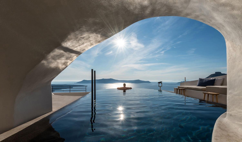 Porto-Fira-Suites-Hotel-in-Santorini-by-Interior-Design-Laboratorium-Yellowtrace-01.jpg