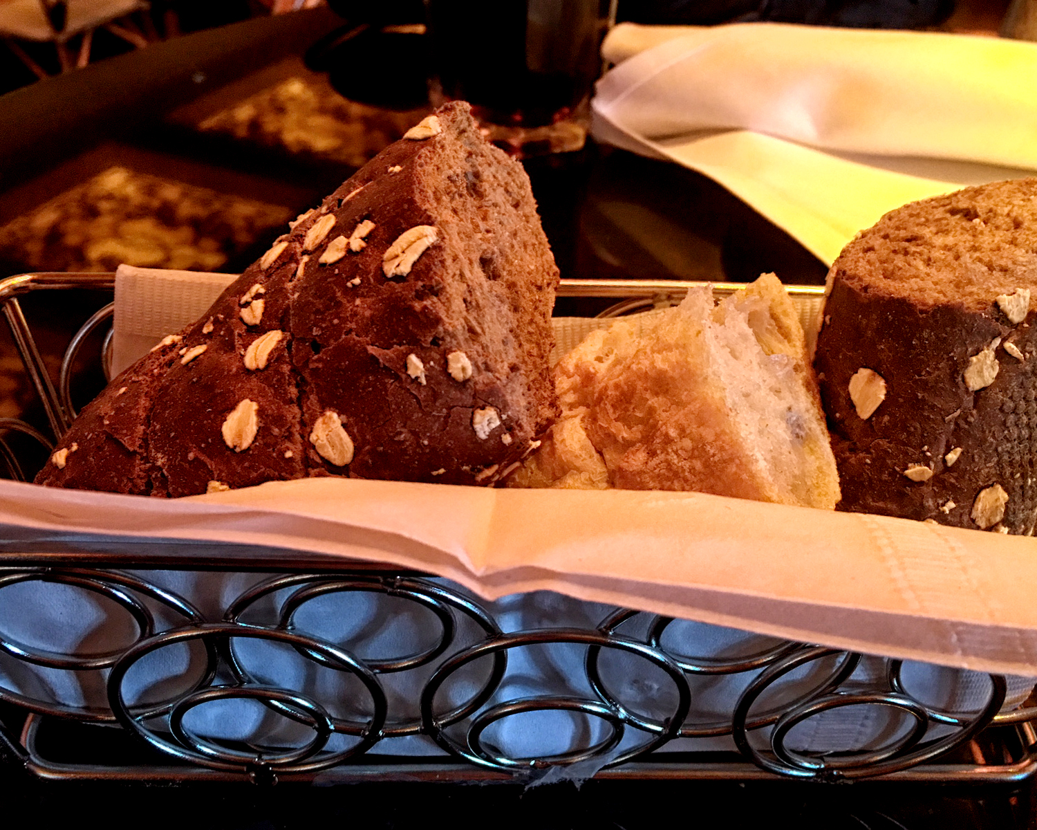 bread at cheesecake factory